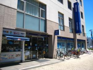 みずほ銀行狛江支店1